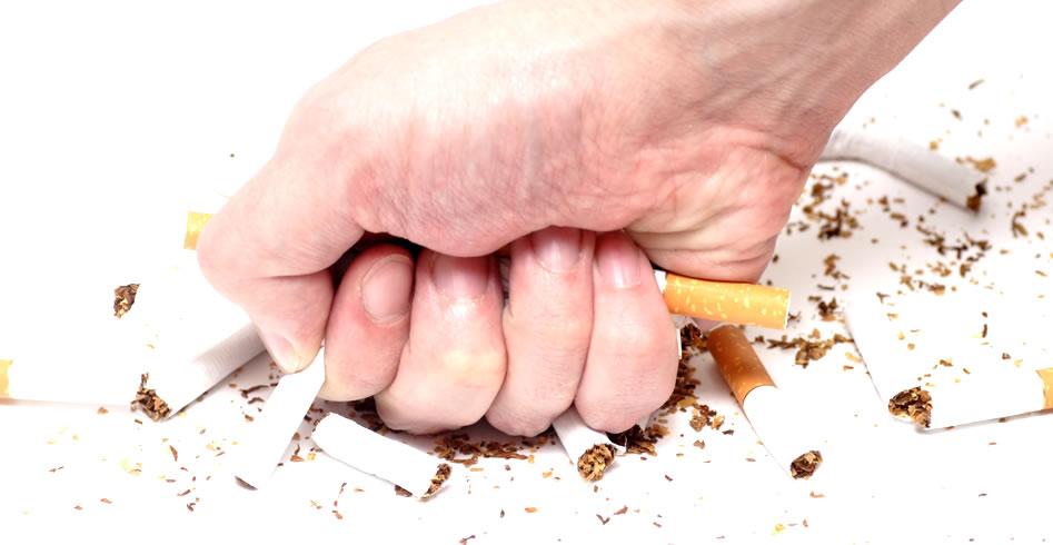 Te explicamos las razones de porqué es tan difícil dejar de fumar